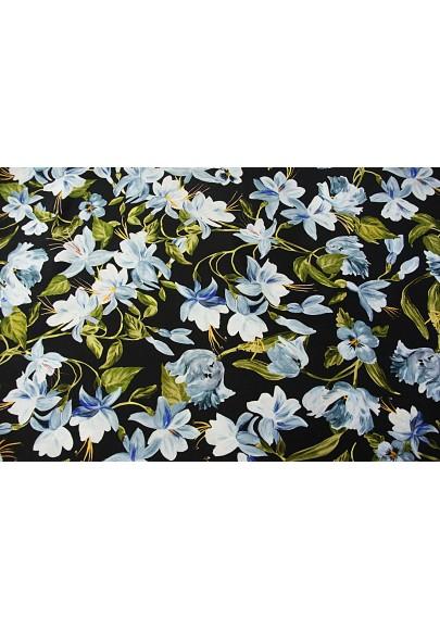 Cupro magnolie na czarnym tle - 1