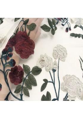 Tiul z kwiatowym haftem IV - 3
