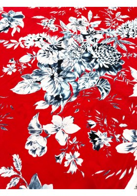 Wiskoza duże kwiaty na czerwieni - 1