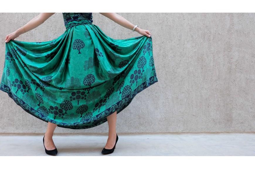 Modne tkaniny na letnią sukienkę w różnych wzorach