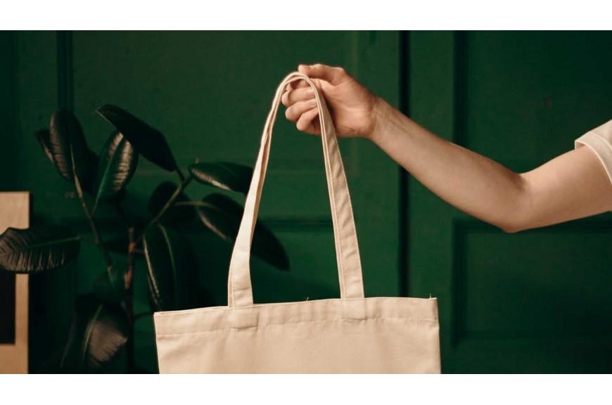 Z czego uszyć torbę na zakupy?